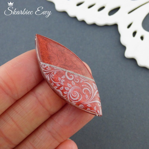 kaboszon handmade ręcznie robione czerwone wrzeciono
