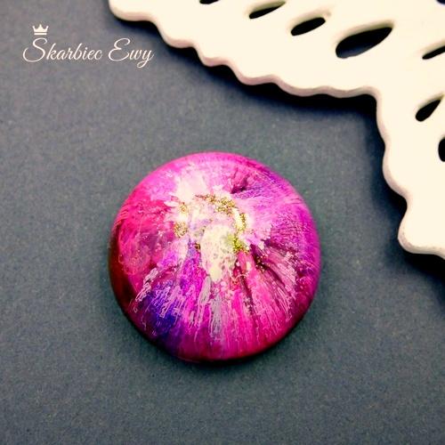 Kaboszon handmade z żywicy kolorowy