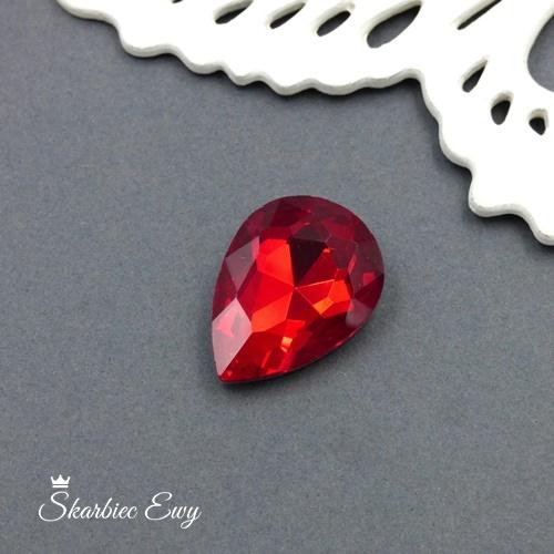 kaboszony szklany fasetowany kryształek łezka 25x18 siam czerwony